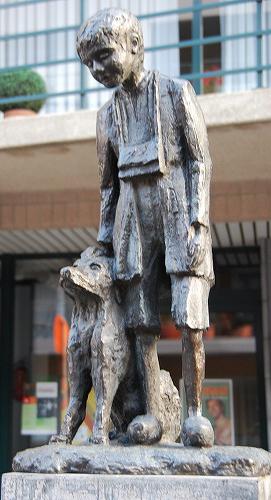 フランダースの犬の銅像