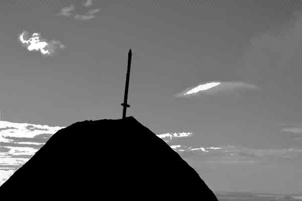 とある山の「山頂の剣」という伝説